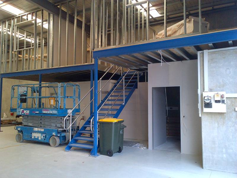 Mezzanine floors access interiors for How to build a mezzanine floor in your home