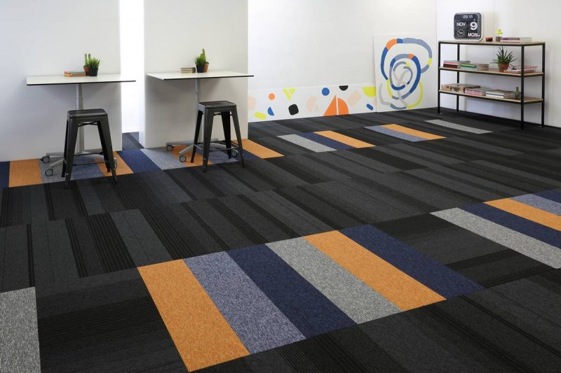 balance-echo-carpet-planks-tufted-loop-pile-grey-studio-00077